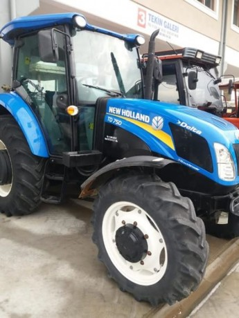 2015-model-kabin-klimali-new-holand-1700-saatte-satilik-traktor-big-0