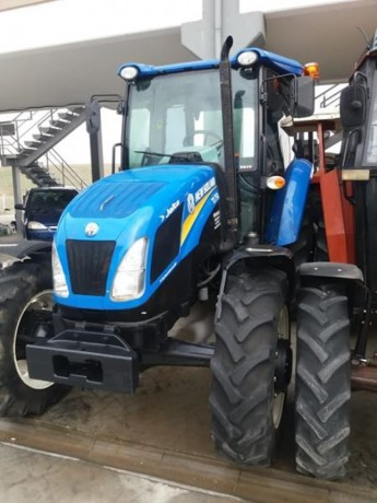 2015-model-kabin-klimali-new-holand-1700-saatte-satilik-traktor-big-1